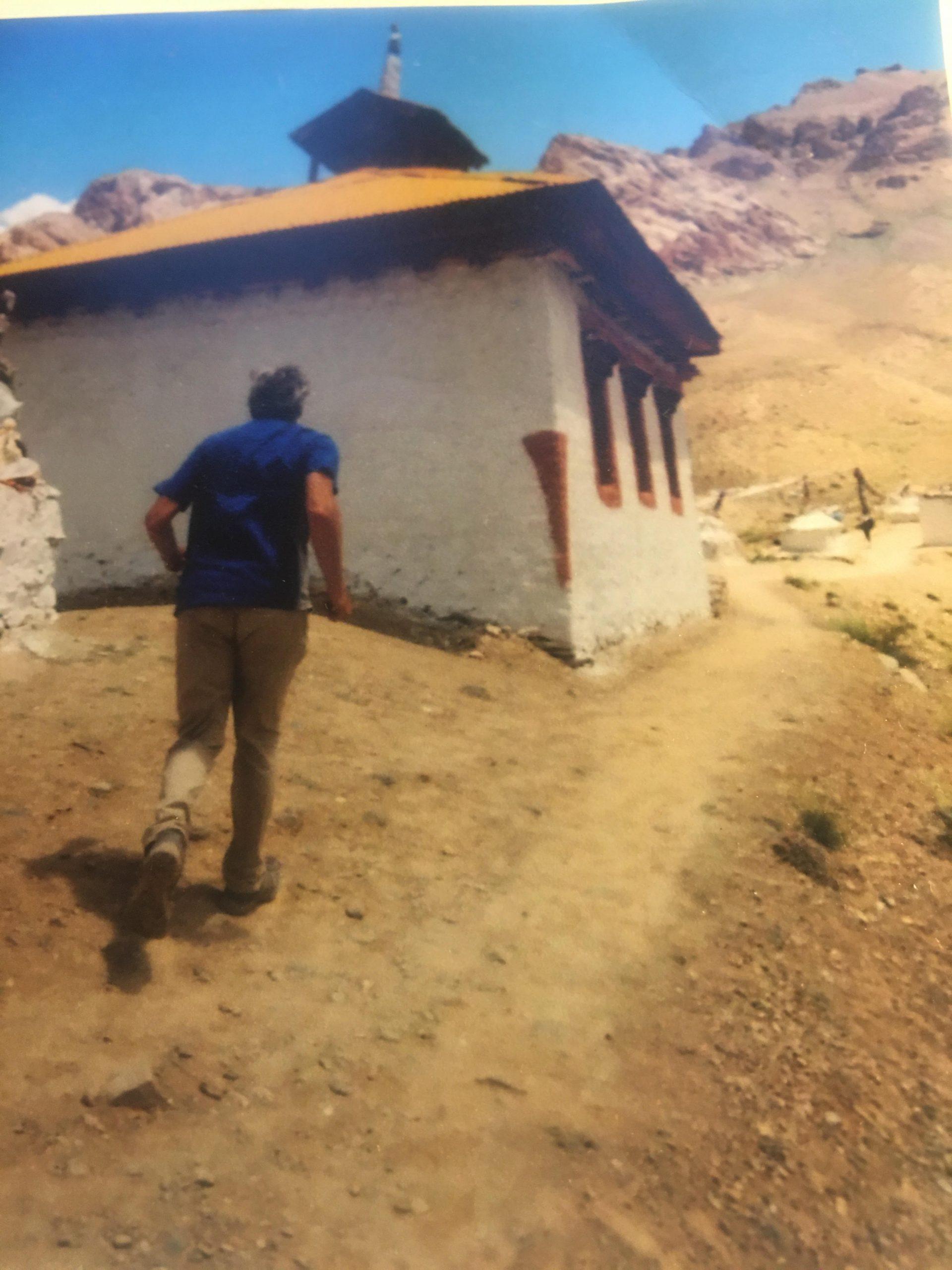 Andy-running-Phokar-Dzong